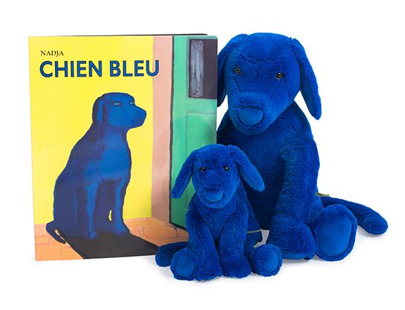 chien-bleu-et-livre